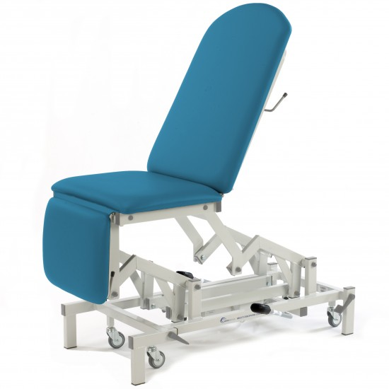 Medicare Multi Couch with Single Footrest